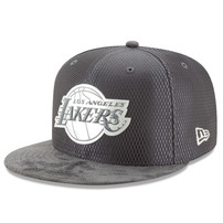 Los Angeles Lakers New Era Draft Silver Logo 59FIFTY Fitted Hat - Graphite